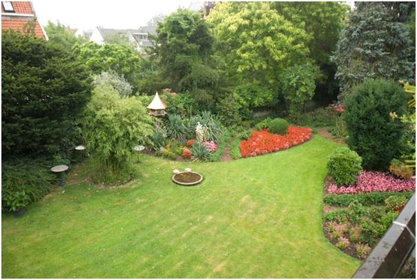 tuin-van-boven-gezien