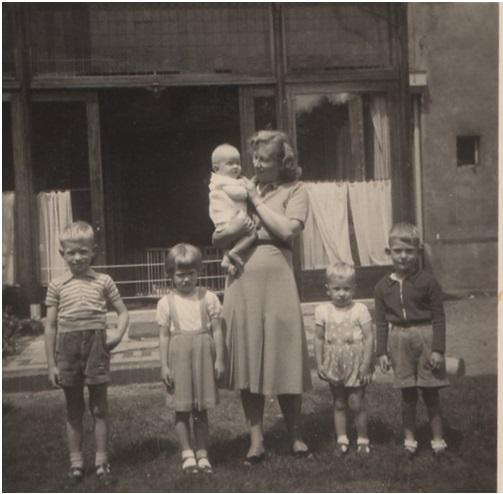 mevrouw Recter met kinderen