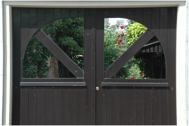 tuin achter poort ruiterstraat 35 en 37