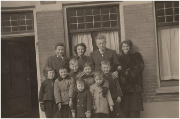 achter Jan, moeder,vader en kinderen ruiterstr 27