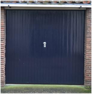 garagedeur hoekhuis de Trippen