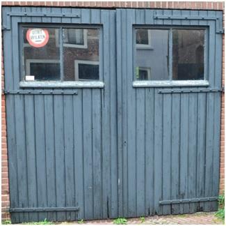 garagedeur van huis boschstraat 51