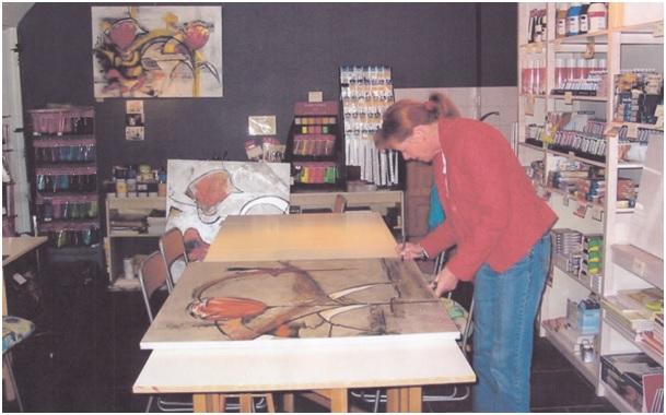 marijke in haar atelier
